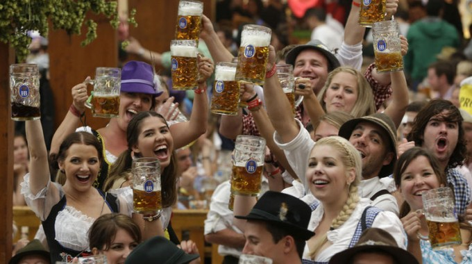 Oktoberfest 2010 Funny Pictures 3 300×206